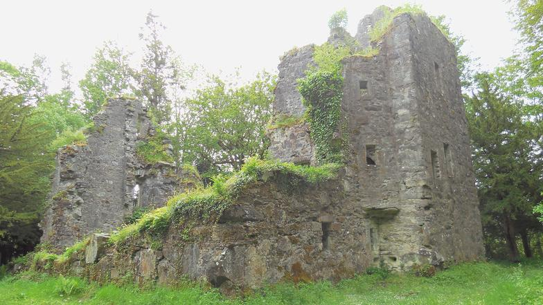 Finlarig Castle. A forgotten Campbell fortress in Killin near Loch Tay